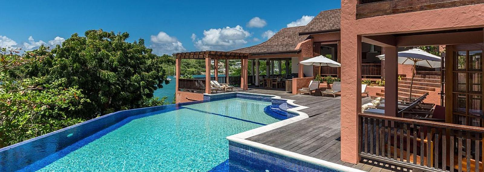 Pool House at Calabash