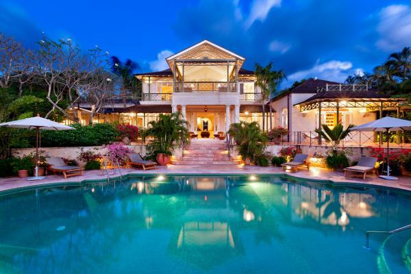 Beachfront - Gardenia, Private Estate