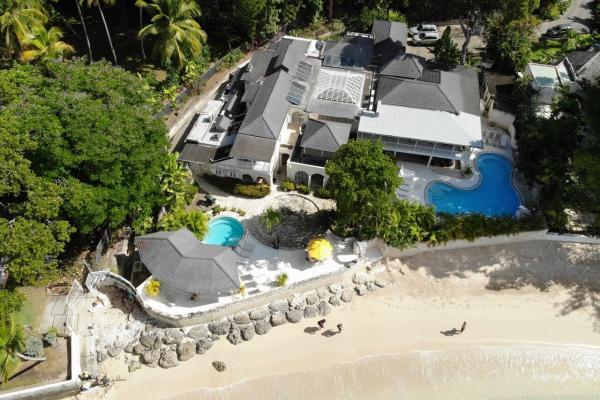 Beachfront Sandy Lane Estate- Landfall