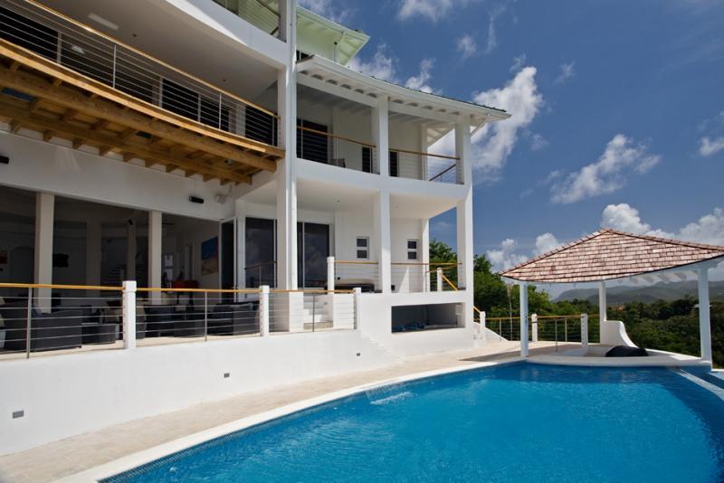 Villa Akasha